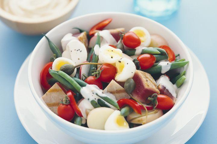 Fresh tuna nicoise-style salad