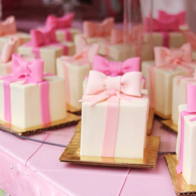 They're cupcake presents :)