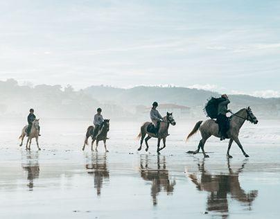 "Check out new work on my @Behance portfolio: ""Paseos por la playa"" http://be.net/gallery/61589005/Paseos-por-la-playa"