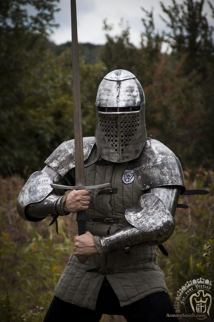 Armorysmith new armor greathelm topfhelm griffon and pair of arms griffon