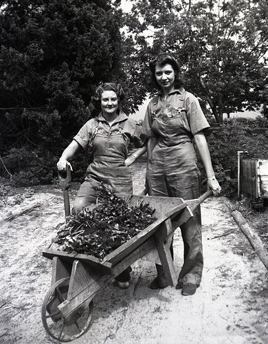 Women's Land Army girls, 1942, Gosford, NSW, Australia. Thousands of young women joined the Women's Auxiliary National Service (WANS), more commonly known as the Women's Land Army on the home front during World War 2. They kept farms and food production going and helped to feed both the civilian population and service personnel.