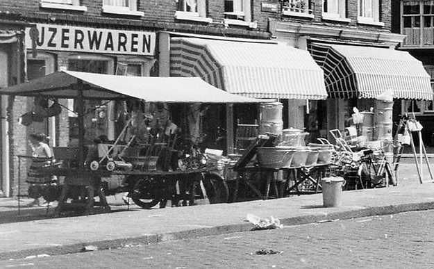 1940 - 1945. View of the Dapperstaat in Amsterdam-Oost. Photo Beeldbank Amsterdam. #amsterdam #1940 #Dapperstaat