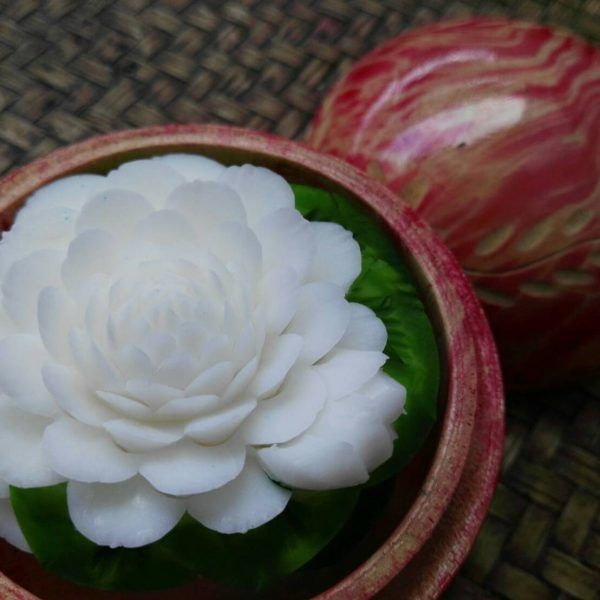 hand-carved-soap-flowers-in-decorative-gift-box-23