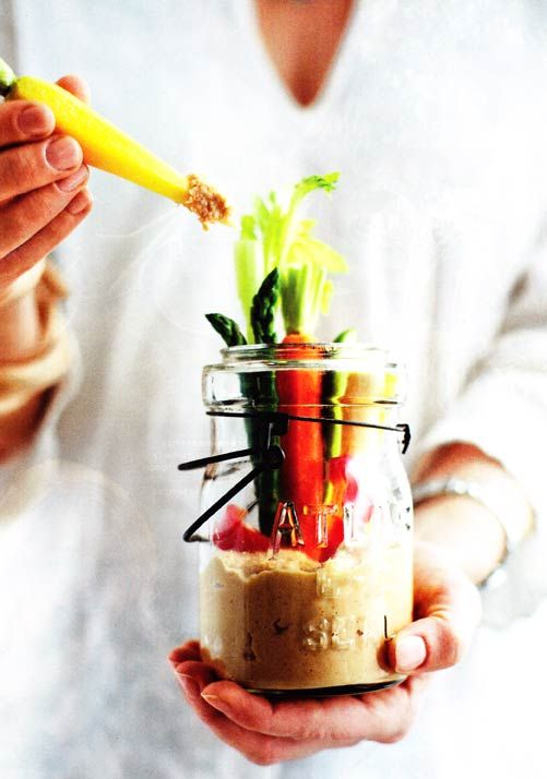 Love this little entertaining idea from June's Chatelaine. Crudites Jars with Hummus! Brilliant! (Food photography by Michael Alberstat, food styling by Claire Stubbs).