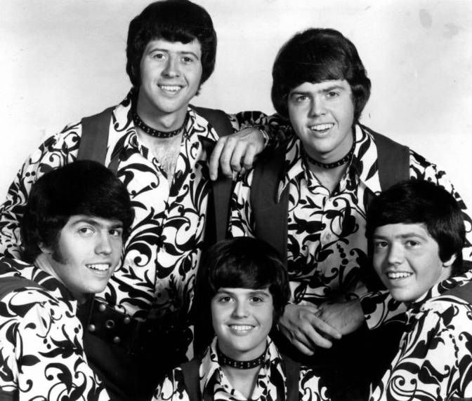 osmond single parents Curb has released single-disc osmond anthologies that offer more tracks than any one disc in this set, and the booklet has -- for a box set -- disappointingly brief notes and few pictures the set rounds up the chart highlights of the various solo and combination acts within the osmond family and is a handy all-in-one package in that regard, but it could have been more generous and detailed in its presentation.