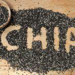 Incluir o suco de chia detox na dieta pode ser uma solução para eliminar os quilinhos extras de um jeito mais rápido. O preparo une a semente com limão e, juntos, os ingredientes se tornam