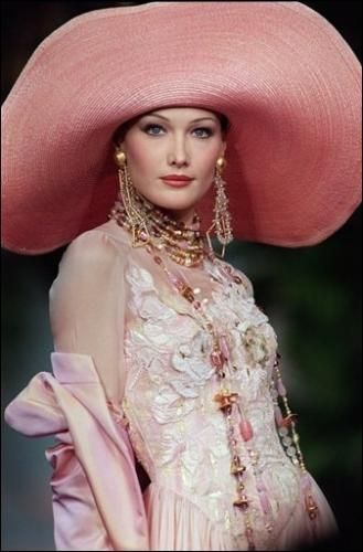 Christian Lacroix    http://theredlist.fr/wiki-2-23-1249-1260-view-1990s-profile-christian-lacroix-3.html#photo
