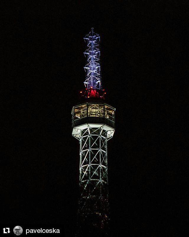 #Repost @pavelceska with Petrin Lookout Tower  #PragueNight #PetrinTower #pragueeiffeltower