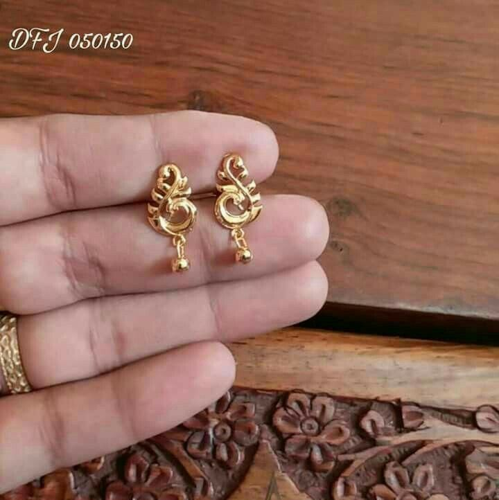 Latest Designs For Daily Wear Gold And Diamond Earrings Gold Earrings Indian Gold Jewelry Earrings Gold Jewellery Design Necklaces