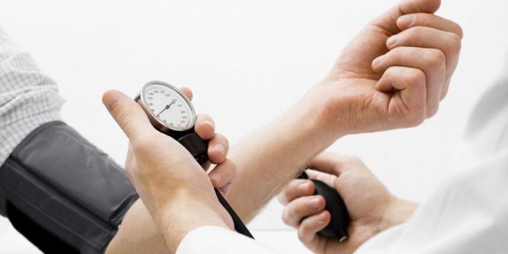 En la medición de la presión arterial en niños los valores dependen de otros factores como por ejemplo, la edad, el sexo y la altura. Por lo tanto,