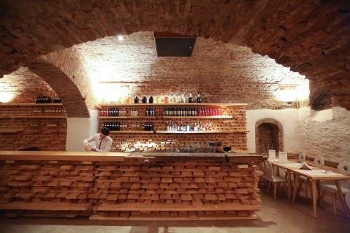 Restaurant Lacrimi si Sfinti  Sustainable Design and Food
