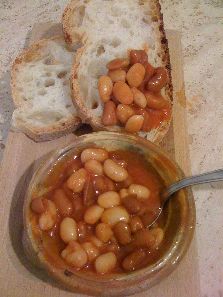 Fagioli con sugo piccante ricetta  saporita