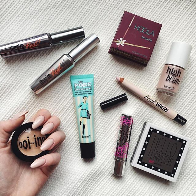 benefitcosmetics: Perfect laid back glam for a Saturday afternoon! Which one of these is your must-have for a no-makeup makeup look? : @littlemooonster96
