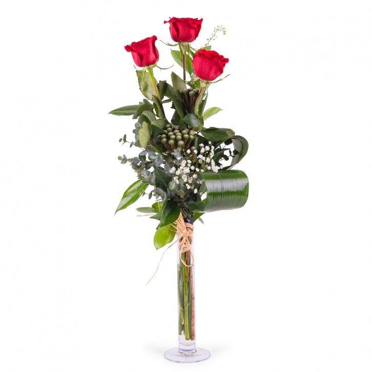 Rosas de pé longa prá o dia dos namorados #flores #floresnamorados #diadosnamorados #sãovalentim #presentes #amor #love #rosas #rosasvermelhas