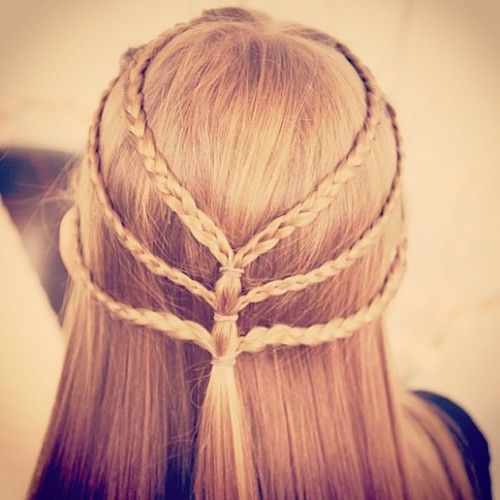 Confira lindos penteados fáceis com tranças 2015! Fotos, sugestões, dicas e tutórios que te ajudaram a fazer belos penteados fáce… | cabelos/ penteados | Pinterest | Penteados Fáceis, Penteados e Penteados lindos e faceis