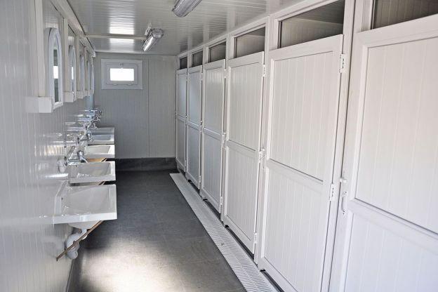 الحمامات المتنقلة حمامات متنقلة عربي حمامات جاهزة كارمود 2021