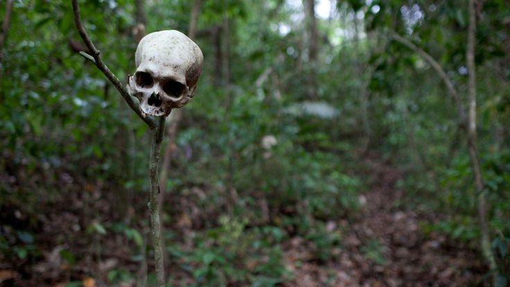 The Darién Gap is one of the world's most dangerous places, a lawless, roadless wilderness on the border of Colombia  #DerikLattig  @DerikLattig.com @Newzproducer