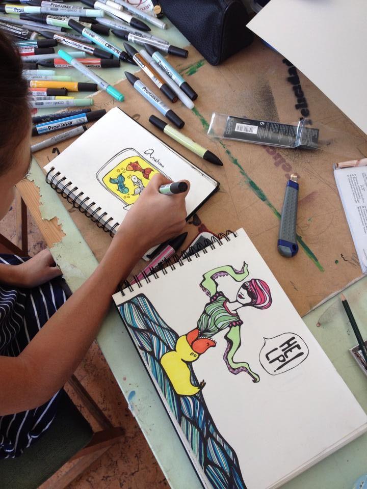 Domingo dibujando
