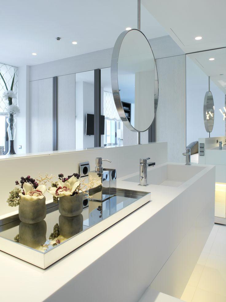 Molins Interiors // arquitectura interior - interiorismo - decoración - dormitorio - principal - suite - baño - espejo