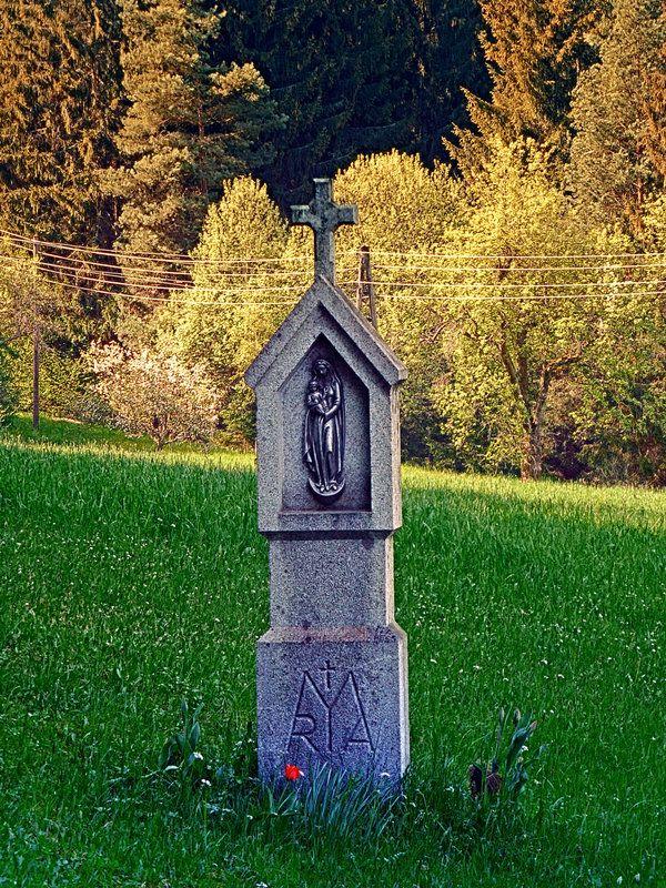 Holy Mary wayside cross by patrickjobst