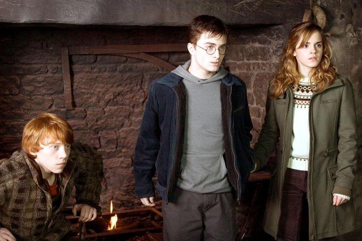 HARRY POTTER AND THE ORDER OF THE PHOENIX, Rupert Grint, Daniel Radcliffe, Emma Watson,  2007, ©Warner Bros.