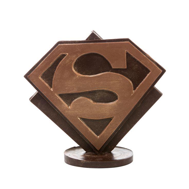 """Eres...mi héroe!! En @ChocolatFactory Zielo Shopping Pozuelo está todo listo para los """"Súper papás""""elige su chocolate preferido. #Zielo #Chocolatfactory #Díadelpadre"""