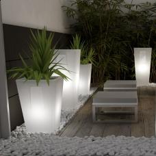 7 best Vasi luminosi images on Pinterest | Plant pots, Flower pots ...