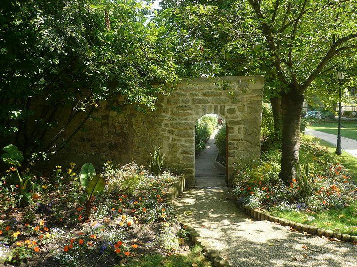 Les 258 meilleures images propos de au fil de l 39 ile de for Entretien jardin rueil malmaison