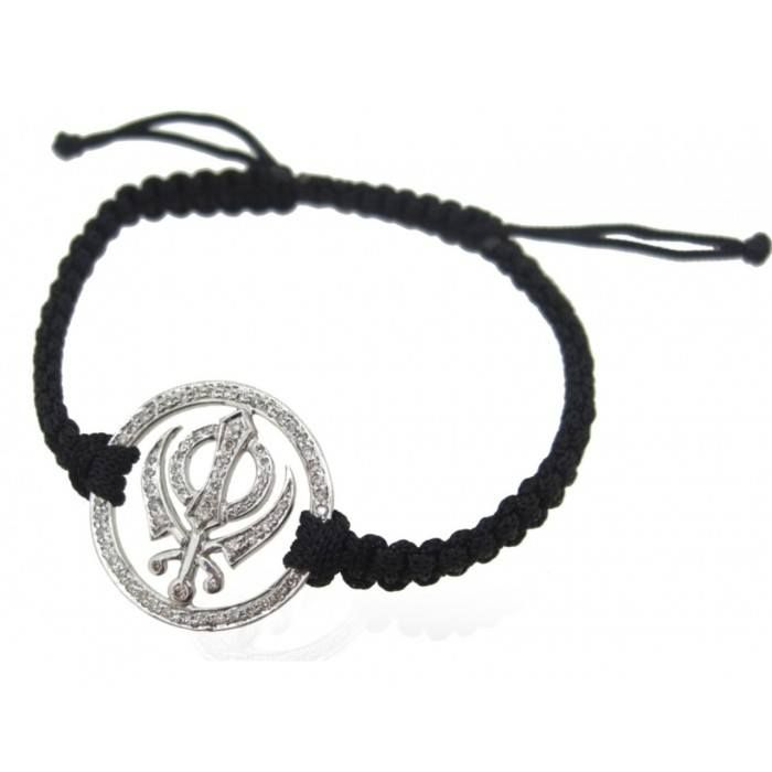 Khanda Armbands in gold & Silver from Aumkaara Auspicious gifts & best wishes for a Happy Lohri......  http://www.aumkaara.com/khanda-bracelets.html  #khanda #ikonkar #khandapendant #khandabracelets #religiousgifts #sikhreligon #happylohri #lohri