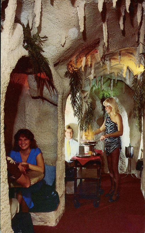 The Caves Restaurant, Oakland Park, Florida - I dined there before it burned down!