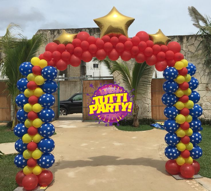 Wonder woman balloons decorations, Wonder woman Party ideas, arco de globos de mujer maravilla, decoración con globos súper héroes balloons arch decorations