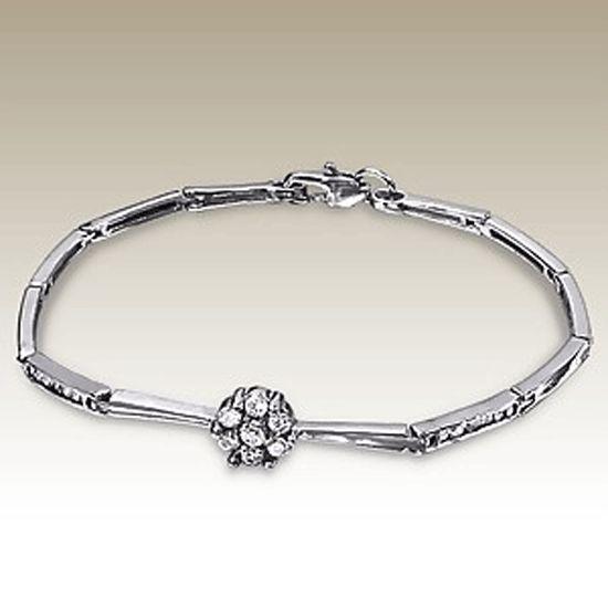 Stainless Steel Bar Link Bracelet with claw set Crystal Flower.  http://lily316.com.au/shop/bracelets-ladies-stainless-steel/ladies-crystal-flower-polished-stainless-steel-bracelet/