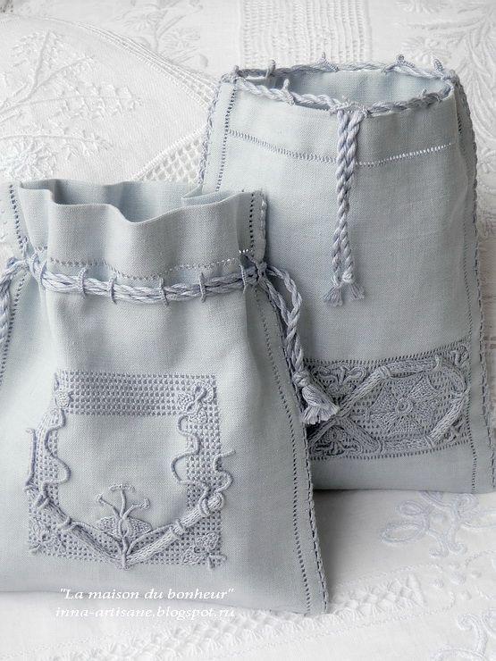 La maison du bonheur: Vintage embroidery. Linen bags.
