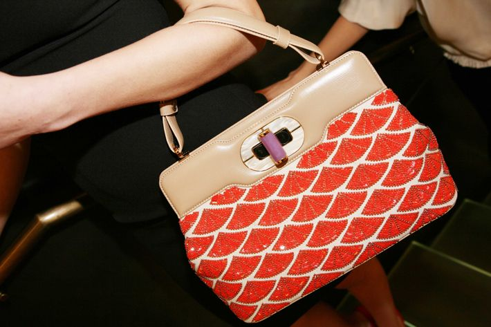 Bvlgari | #photo #fashion #bvlgari #bolsos #foto #moda #bags #handbags ✸✸ Hugo Salazar Fotógrafo ✸✸ para ver más fotos visita / more photos in http://www.hugosalazar.co.uk/