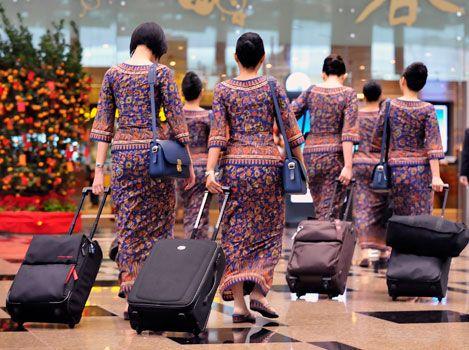 Singapore Airlines crew