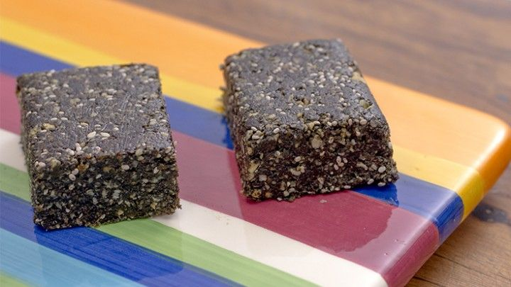 Green Superfood Power Bars Great for that hunger snack