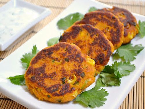 Sweet potato cakes with sweet chili mayo