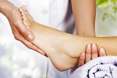 Foot Massage Benefits | LIVESTRONG.COM