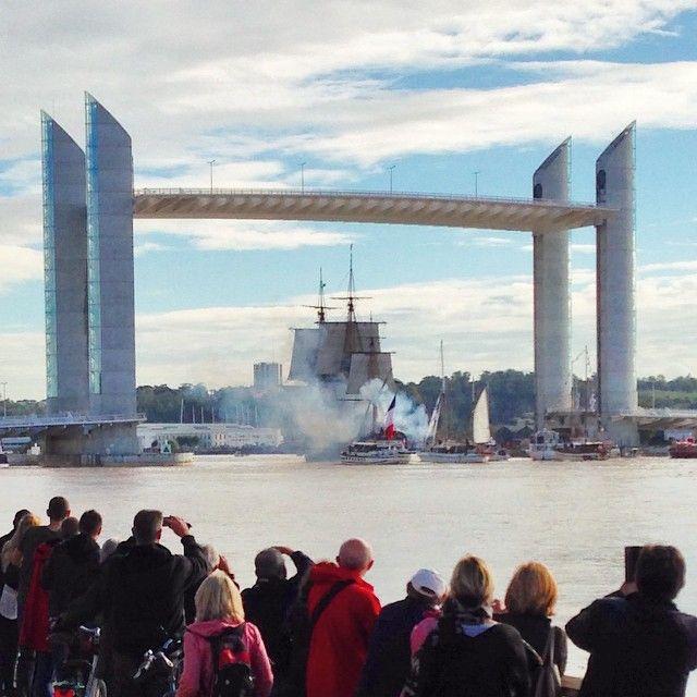 Bye bye l'Hermione ! Bordeaux, pont levant Chaban Delmas 2014