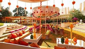 Décor, Themes & Set Designs - The perfect wedding requires the perfect stage. At Shloka we ensure that we help the couples create that perfect ambience for their D Day. We connect with each couple to create a wedding that genuinely represents individual personalities and traditions.