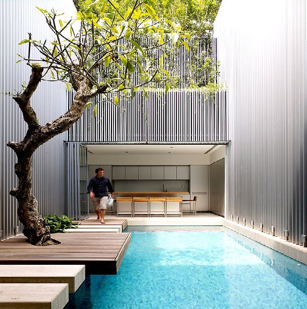 20 best small house and pool ideas images on pinterest for Minimalist house with courtyard