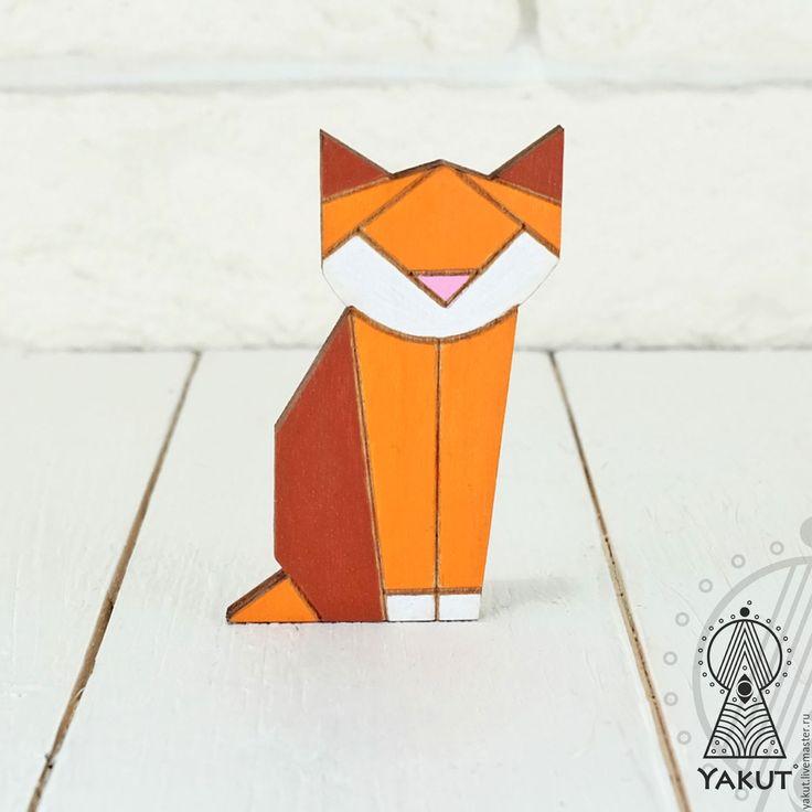 Купить Деревянный значок Котейка оригами рыжий / деревянная брошь - брошь, брошь деревянная