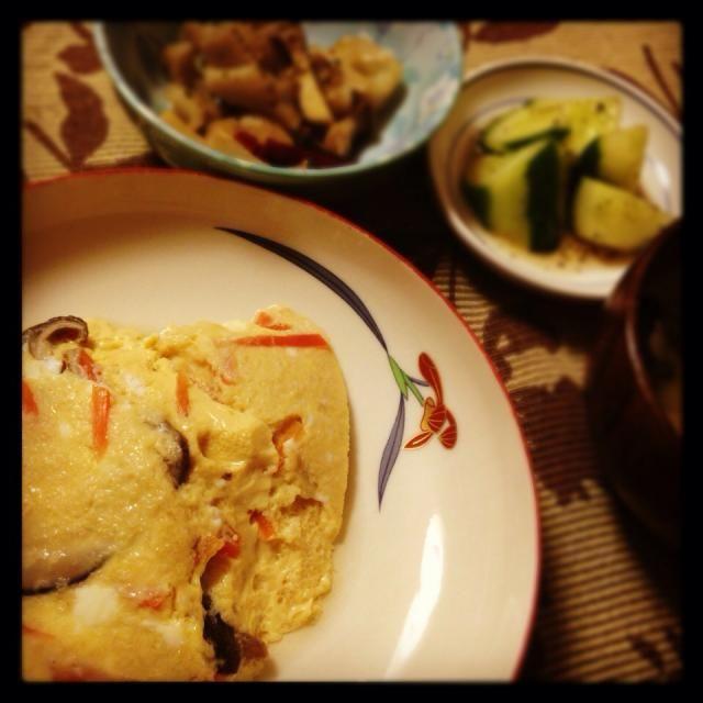 アヒージョリメイクレンコンのペペロンチーノ、小松菜とあげの味噌汁、キュウリの中華風浅漬け - 15件のもぐもぐ - おろしあんかけリメイク茶碗蒸し by hamarika