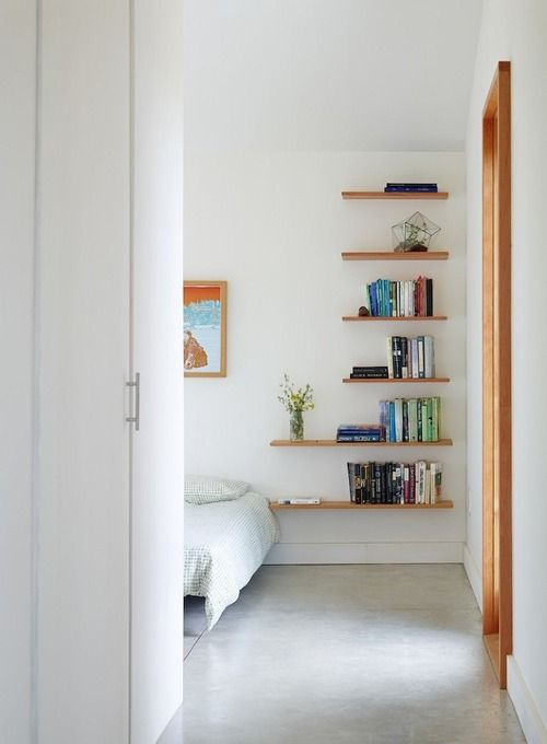 4 easy tips for living large in small spaces   Bellacor  stacked shelves. Best 25  Floating nightstand ideas on Pinterest   Floating