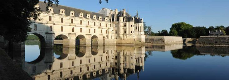 CHALET CHENONCEAUX  (or as it is known today: Chenonceau Castle) is a fabulous place made so by a fabulous woman: Diane De Poitiers.