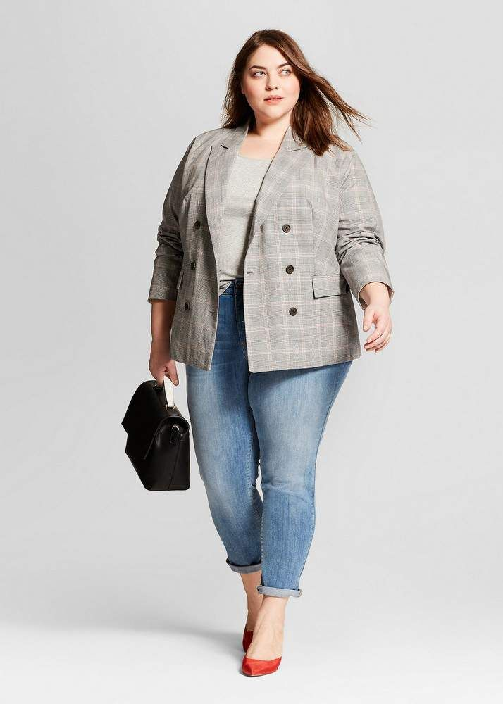 Here are 24 Must Have Plus Size Blazer Options for Spring!