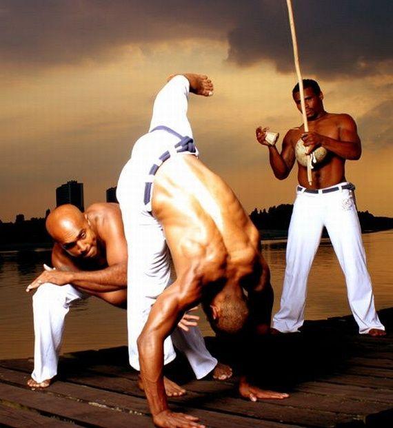 Capoeira (Pana naway panana)