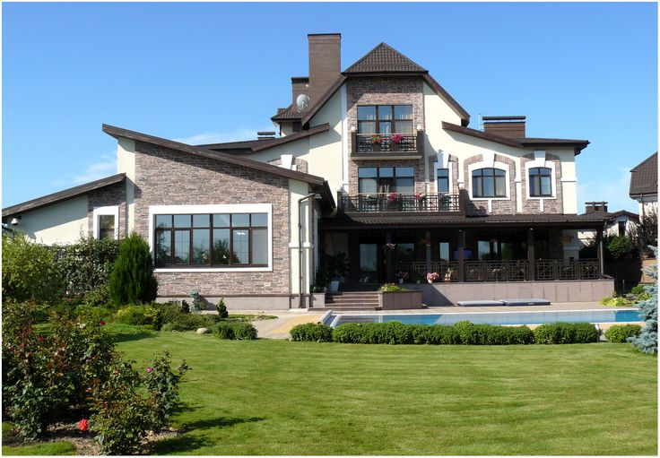 17 best images about luxury homes 1 classic exterior for Classic luxury homes