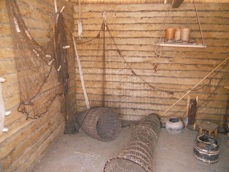 Viking fisherman's equipment (European Chic: Haithabu Viking living)