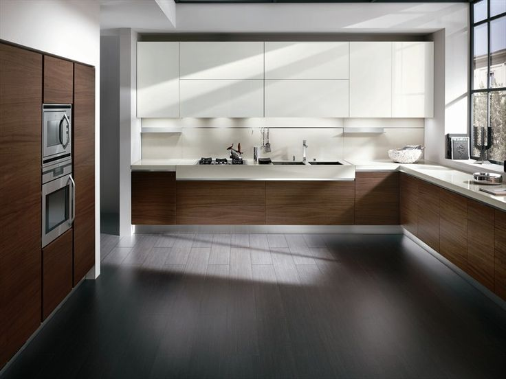 Walnut and white such a nice combo.....Walnut kitchen ELEKTRA NEW CLASSIC - ERNESTOMEDA